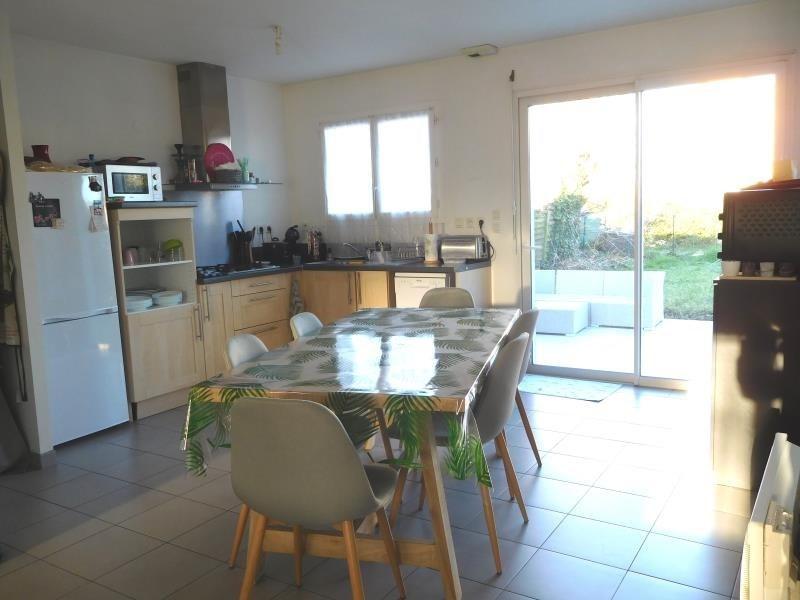 Location maison / villa St andre de cubzac 795€ CC - Photo 4