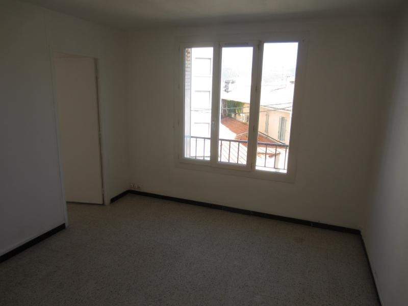 Location appartement La seyne sur mer 545€ CC - Photo 3