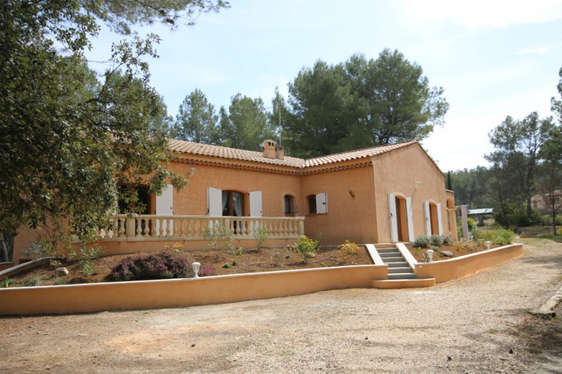 Deluxe sale house / villa Meyrargues 630 000€ - Picture 1