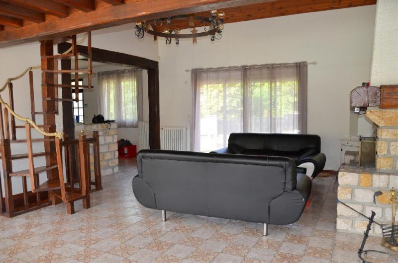 Rental house / villa Le chatelet en brie 1750€ CC - Picture 3