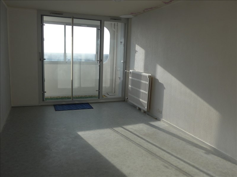 Sale apartment La roche sur yon 70 500€ - Picture 1