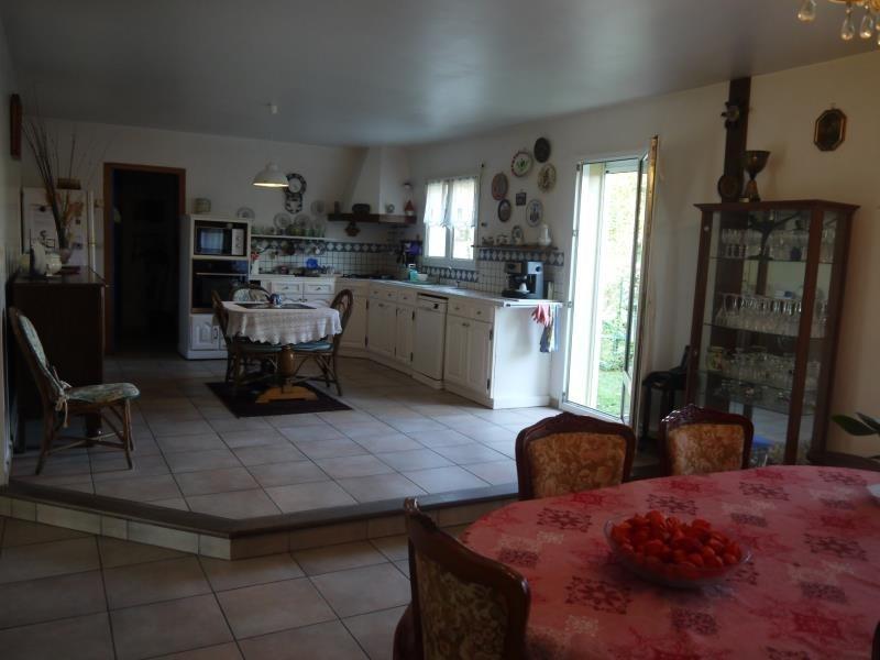 Revenda casa Breval 320000€ - Fotografia 4