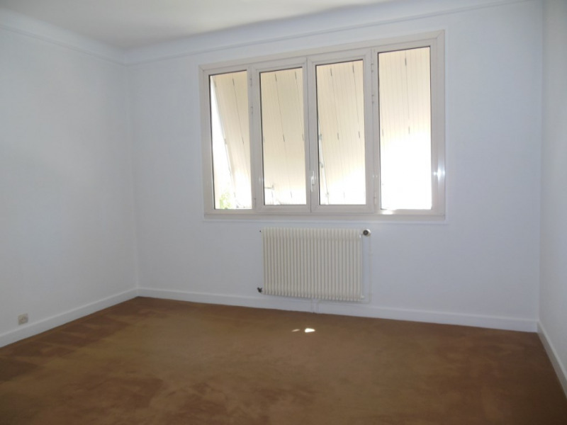 Sale house / villa Saint symphorien 259900€ - Picture 7