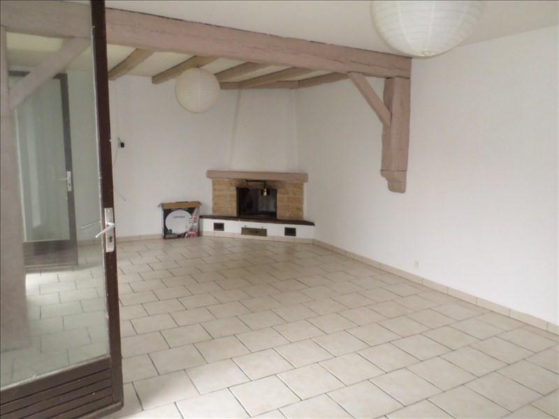 Location maison / villa Moulismes 575€ CC - Photo 9