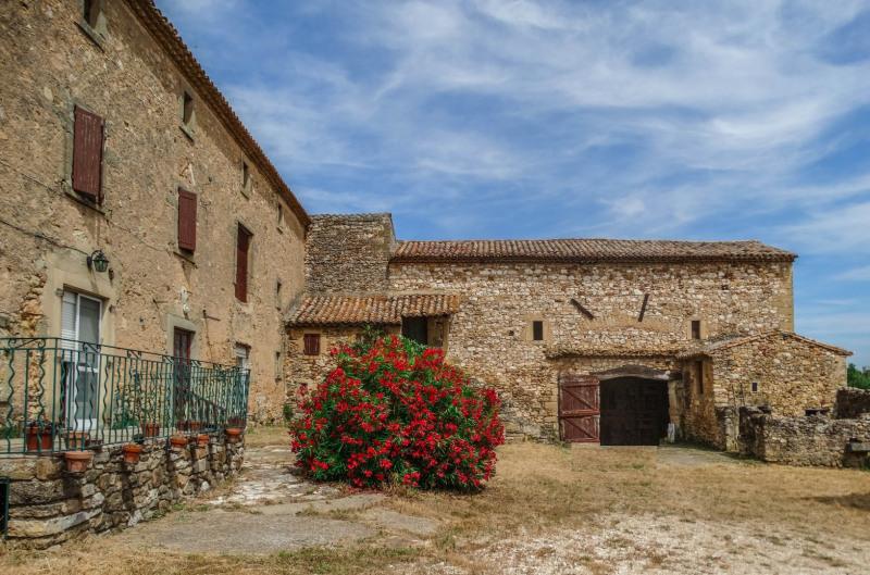 Vente de prestige maison / villa Uzes 521000€ - Photo 2