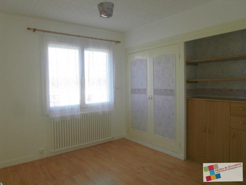 Location maison / villa Chateaubernard 850€ CC - Photo 4