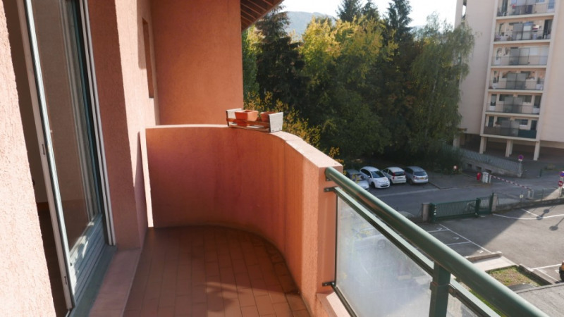 Sale apartment Annecy 170 000€ - Picture 2