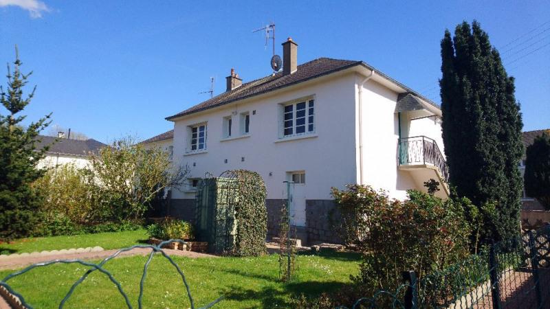 Sale house / villa Bonchamp les laval 102100€ - Picture 1