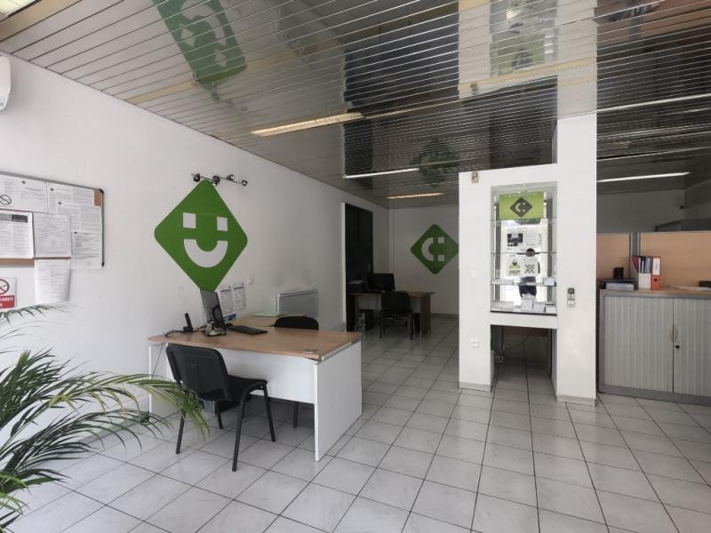 Vente local commercial Aubagne 275000€ - Photo 3