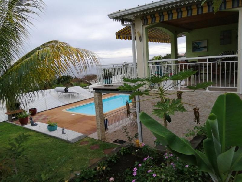 Location maison / villa La possession 2400€ CC - Photo 3