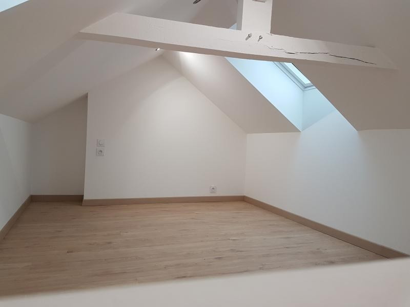 Location maison / villa Laval 680€ CC - Photo 5