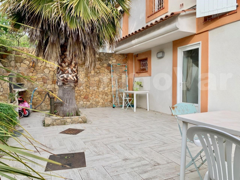 Sale house / villa Le beausset 270 000€ - Picture 1