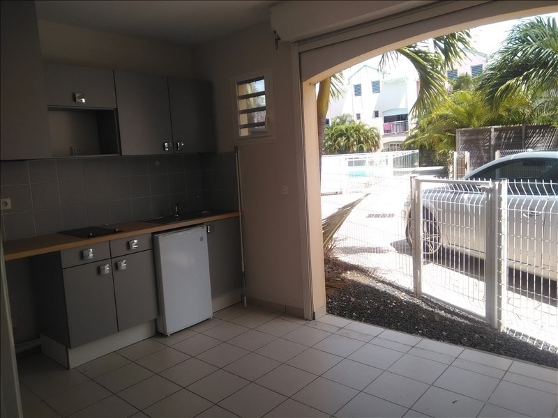 Rental apartment St francois 600€ CC - Picture 2