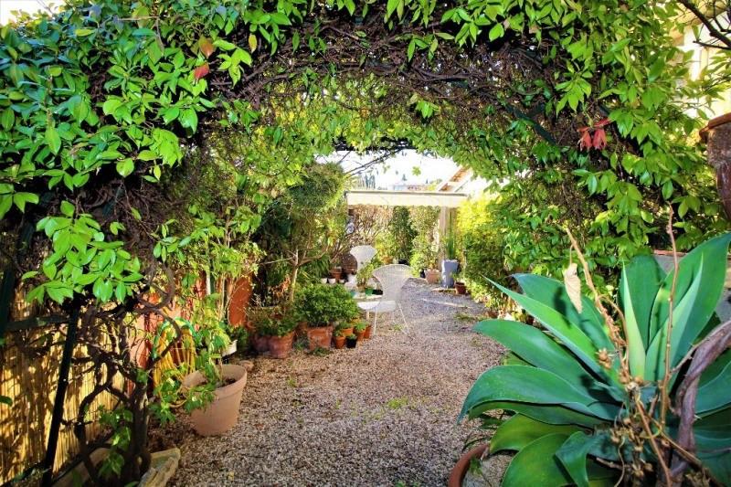 Deluxe sale house / villa Antibes 819 000€ - Picture 12