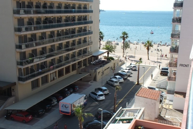 Location vacances appartement Roses santa-margarita 768€ - Photo 1