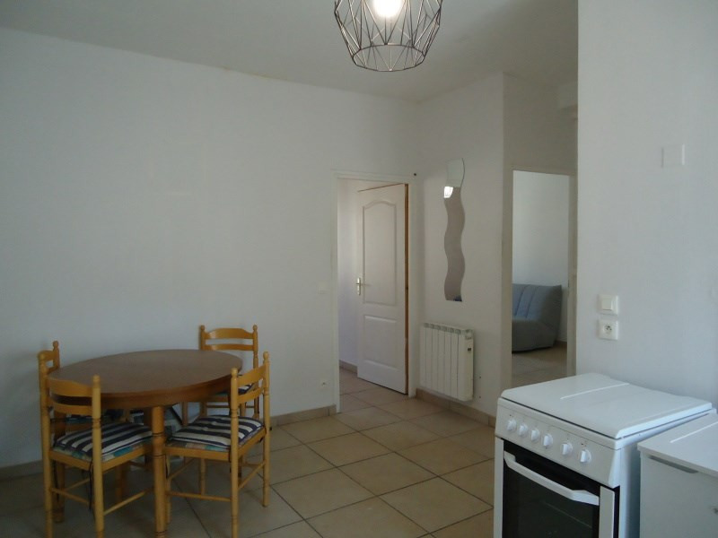 Rental apartment Bourgoin jallieu 550€ CC - Picture 3