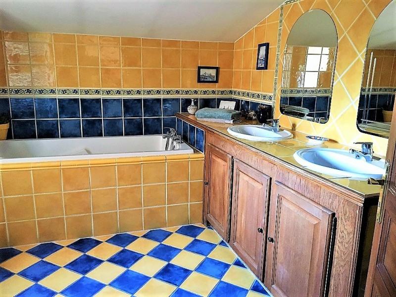 Deluxe sale house / villa Pertuis 680000€ - Picture 14