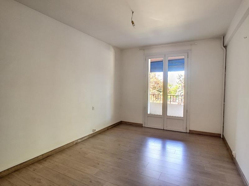 Affitto appartamento Avignon 750€ CC - Fotografia 12