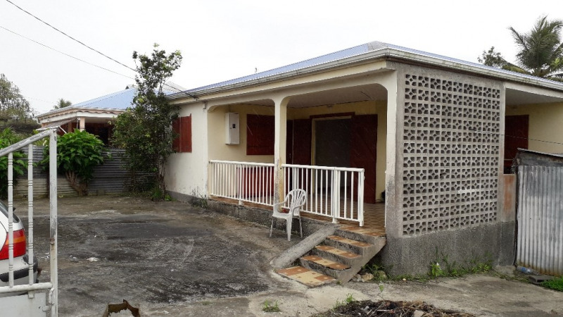 A vendre maison a rénover au moule