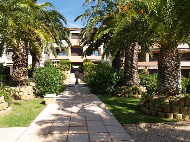 Vacation rental apartment Les issambres 875€ - Picture 4
