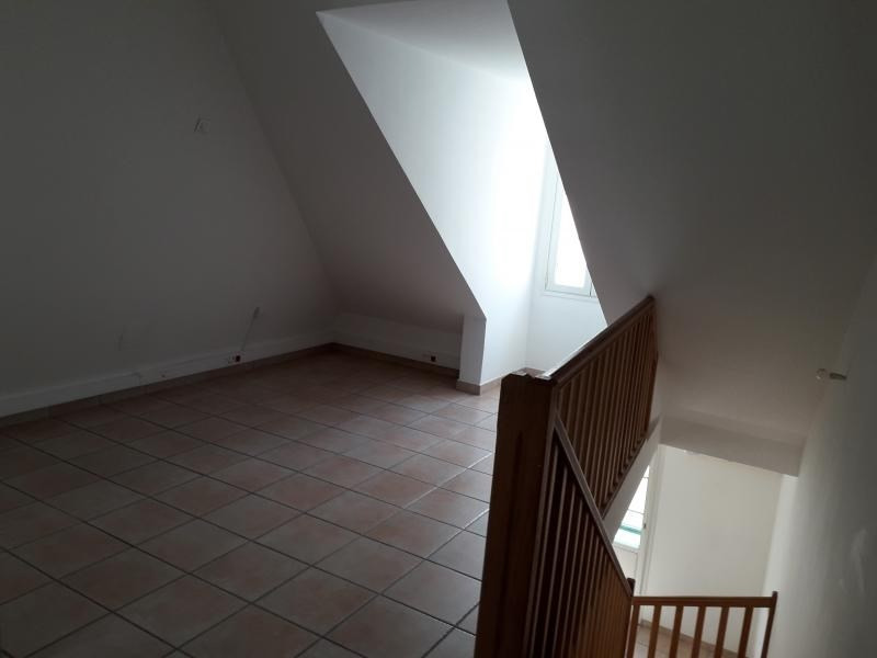 Rental apartment St denis 850€ CC - Picture 6