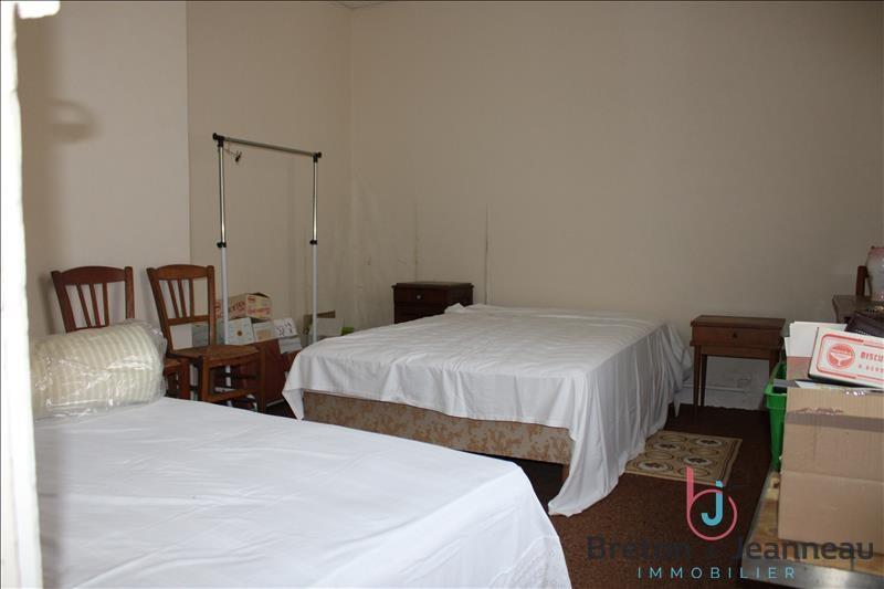 Sale house / villa Chateau gontier 158080€ - Picture 11