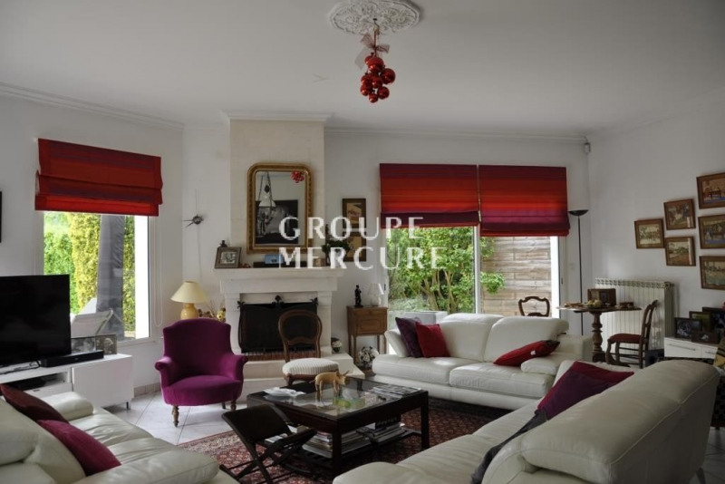 Deluxe sale house / villa St cyr au mont d'or 945 000€ - Picture 1