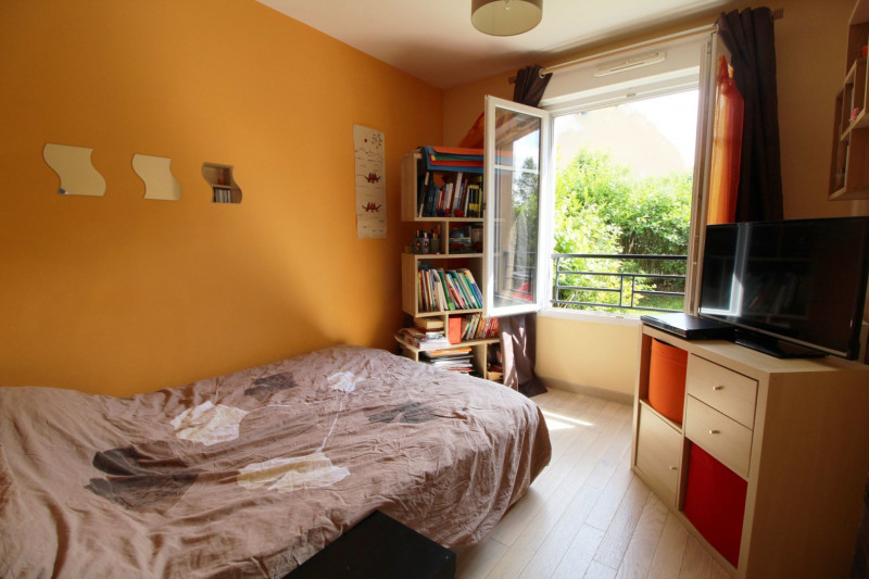 Sale apartment Maurepas 185000€ - Picture 5