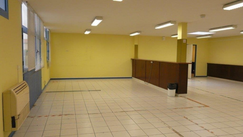 Location local commercial Castanet-tolosan 1 787€ CC - Photo 9
