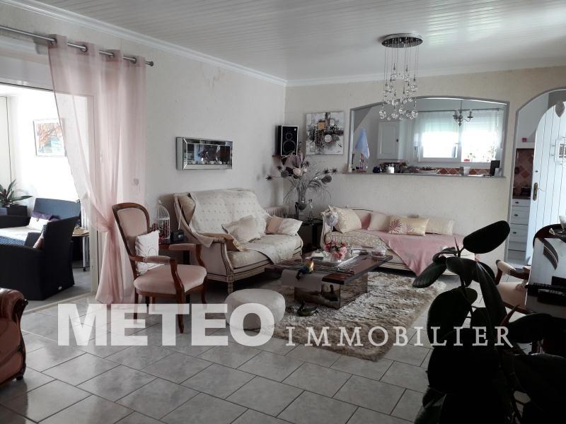 Sale house / villa St denis du payre 326120€ - Picture 3