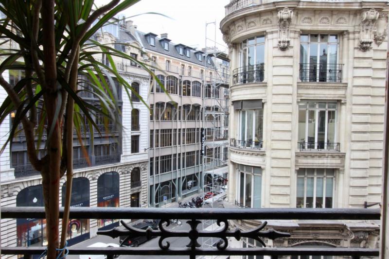 Vendita appartamento Paris 2ème 640000€ - Fotografia 2
