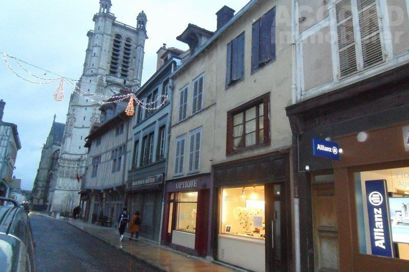 Sale building Troyes 279 000€ - Picture 1