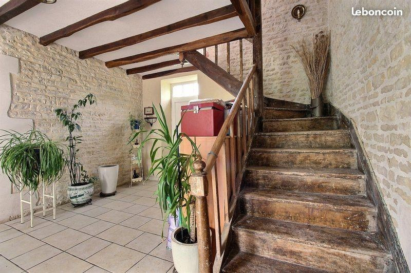 Sale house / villa Prisse la charriere 343 000€ - Picture 4
