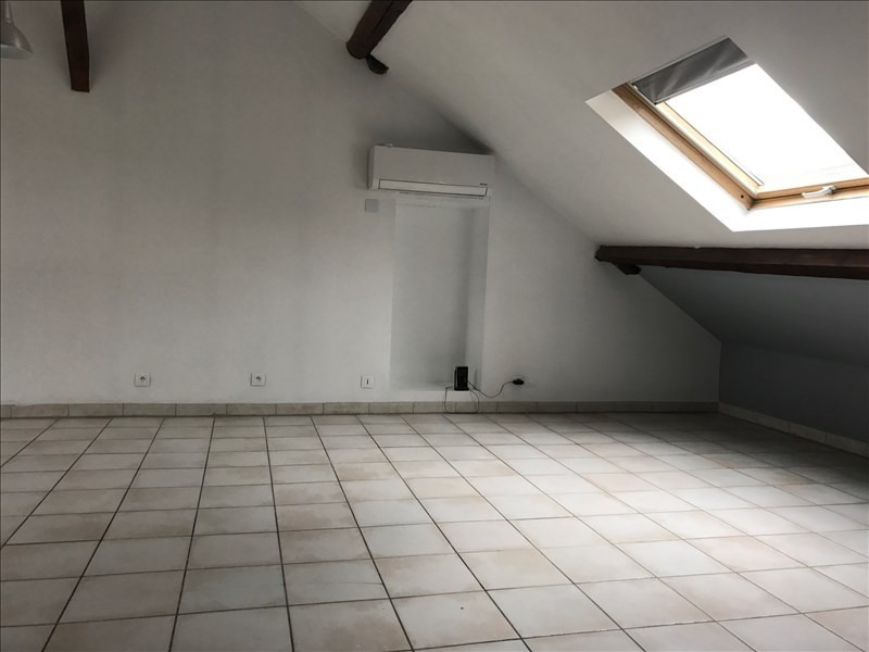 Rental apartment St romain en gal 690€ CC - Picture 1