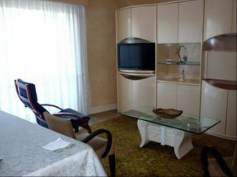Location appartement Vichy 600€ CC - Photo 2