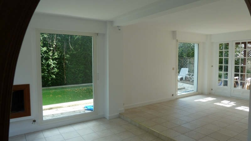 Location maison / villa Le pecq 2 850€ CC - Photo 3