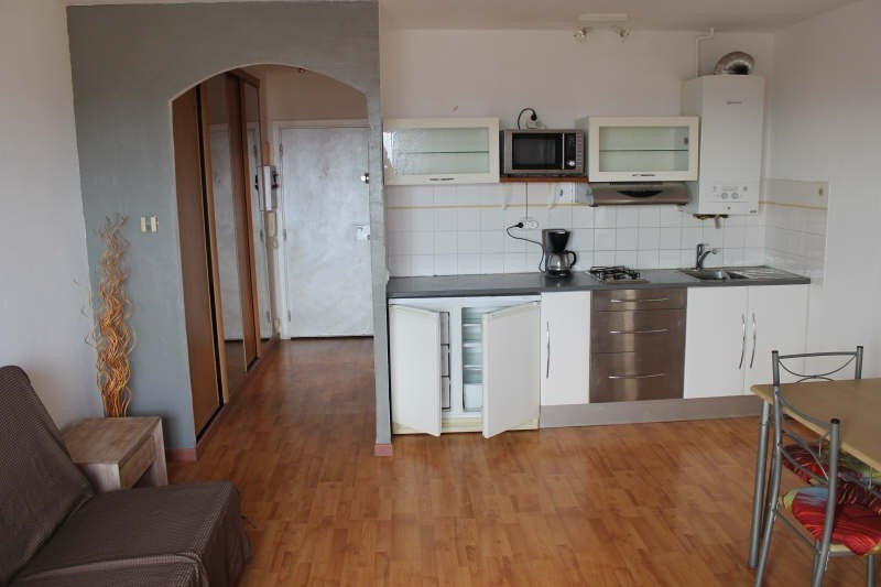 Sale apartment Hyeres 133 000€ - Picture 3