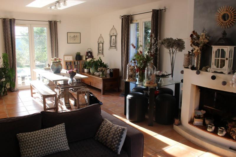 Revenda casa Lambesc 549000€ - Fotografia 5