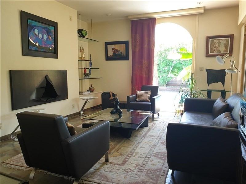 Deluxe sale house / villa Villemoustaussou 430000€ - Picture 7