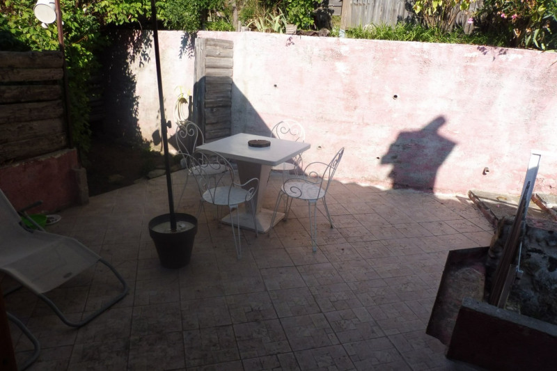Location appartement Thueyts 395€ CC - Photo 2