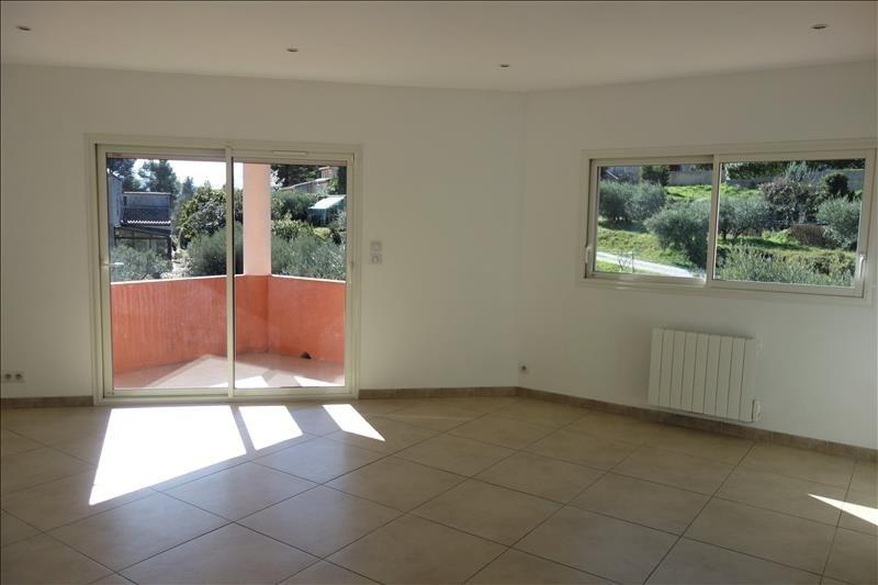 Location appartement Gemenos 1080€ CC - Photo 2