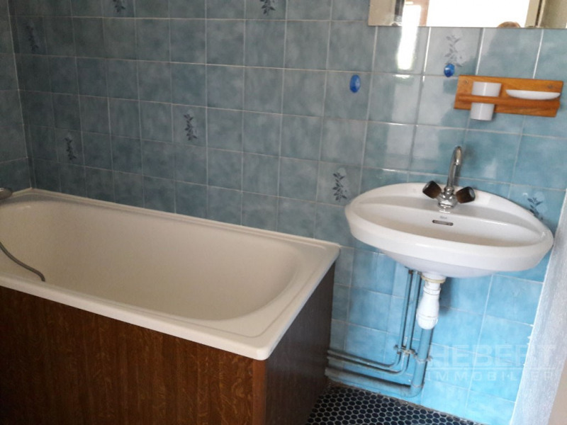 Location appartement Sallanches 424€ CC - Photo 4