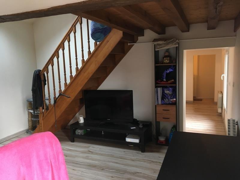 Rental apartment Aze 410€ CC - Picture 2