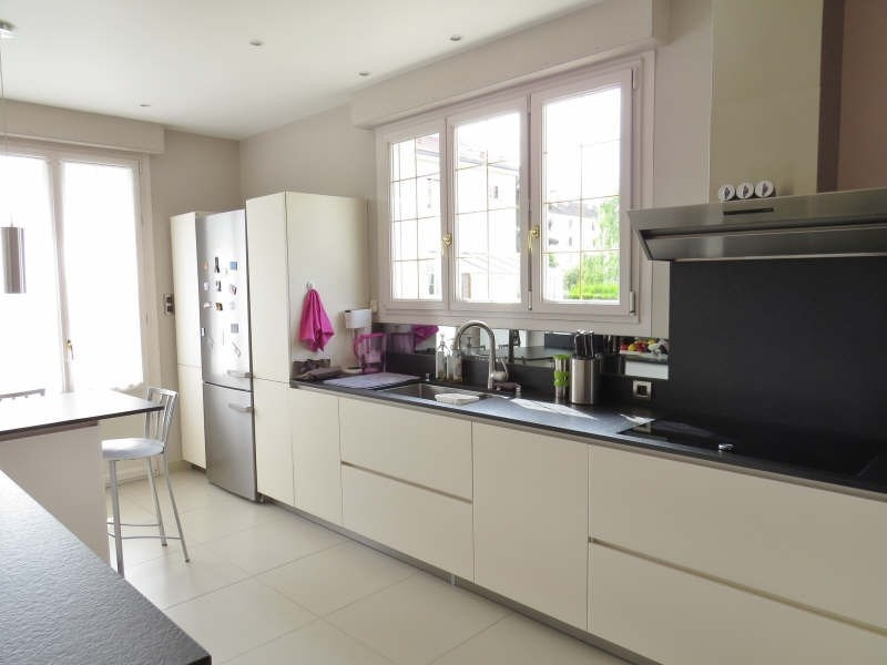 Deluxe sale house / villa Le mesnil le roi 1280000€ - Picture 7
