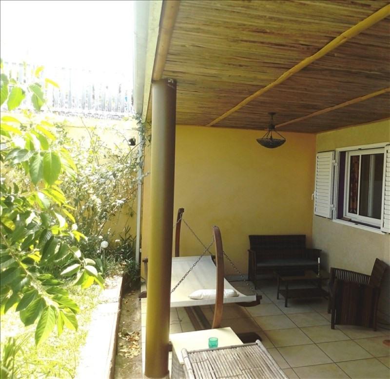 Sale house / villa Les avirons 270000€ - Picture 2