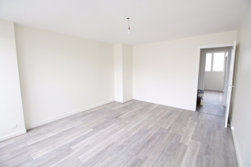 Location appartement Fontaine 660€ CC - Photo 3