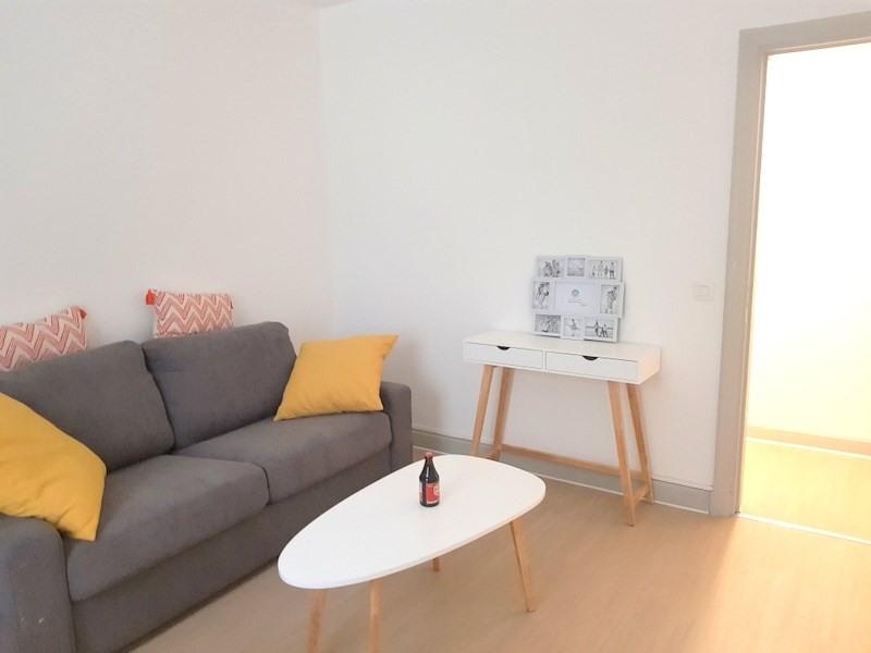 Rental apartment Lyon 2ème 1100€ CC - Picture 2