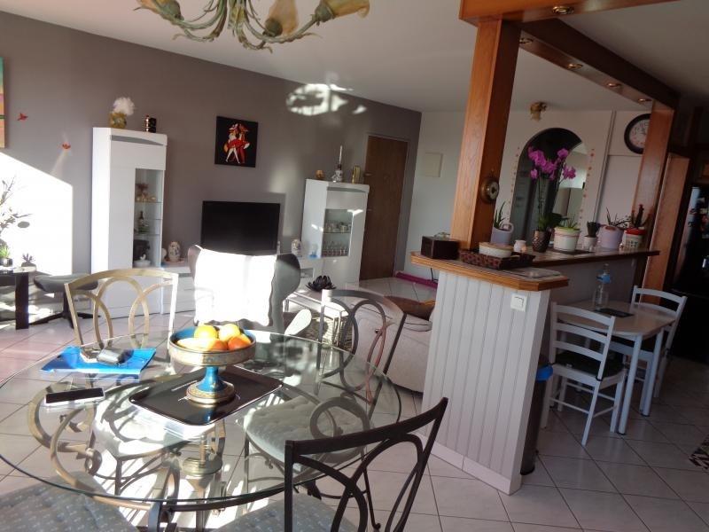 Sale apartment Niort 107000€ - Picture 2