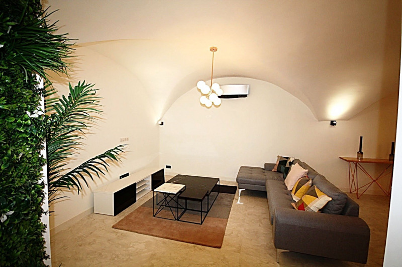 Sale apartment Antibes 980 000€ - Picture 2