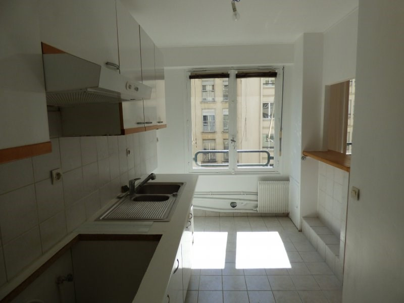 Location appartement Paris 16ème 2 300€ CC - Photo 6
